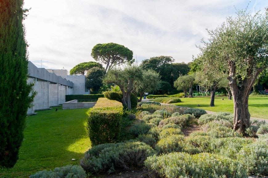 Chagall museum garden 03
