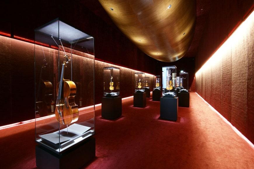Violin-Museum-Cremona-Inexhibit-01