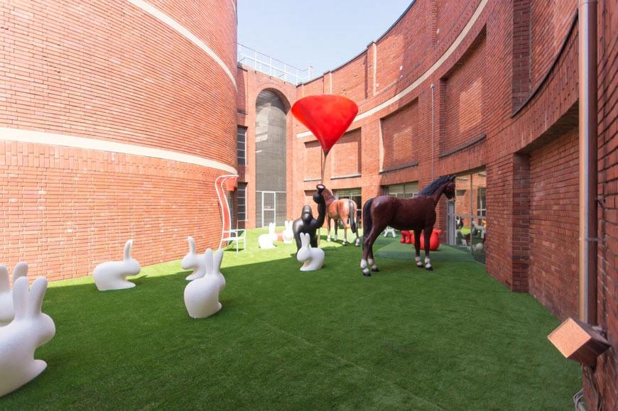 milano- Design Museum-Triennale-10-edizione- Giro-Giro-Tondo-foto-Inexhibit
