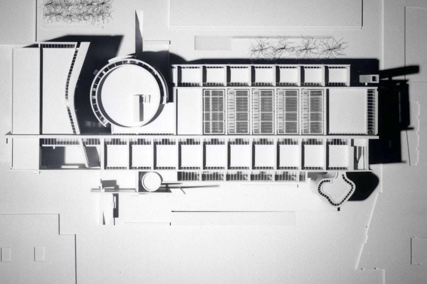 MACBA museum Barcelona Richard Meier model aerial