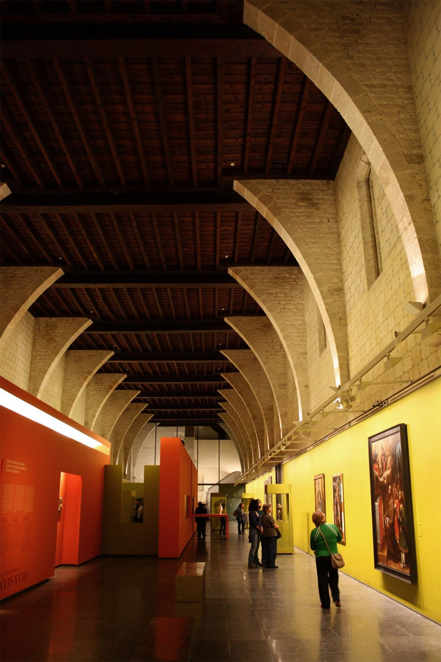 Monestir-Pedralbes-Barcelona-interior-photo-nitachem-2011