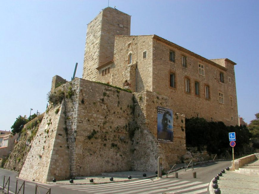Musée-Picasso-Antibes-Chateau-Grimaldi-1