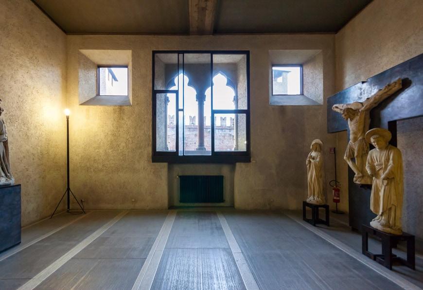 Castelvecchio Museum Verona interior 5
