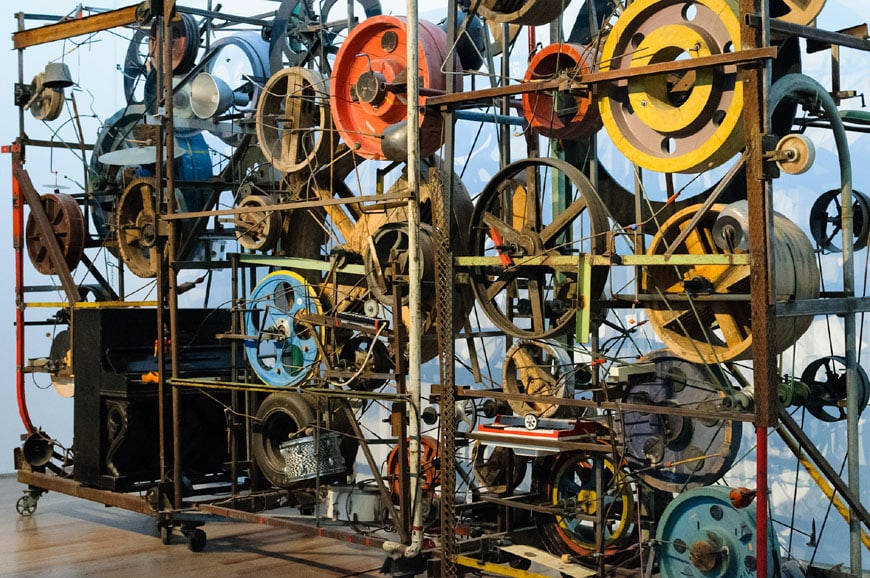 museum-jean-tinguely-basel-mechanical-sculpture-2