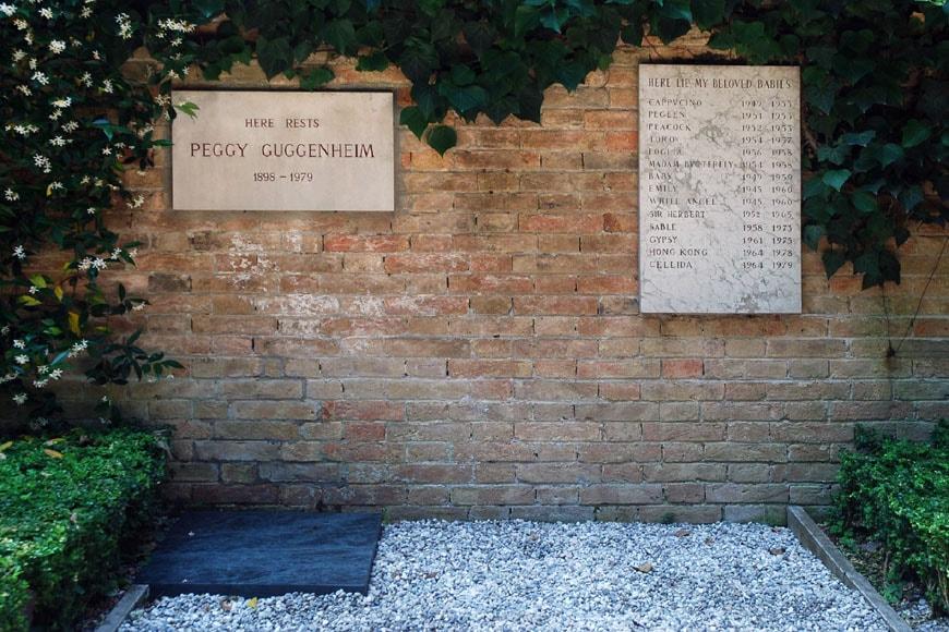 Peggy Guggenheim grave Venice