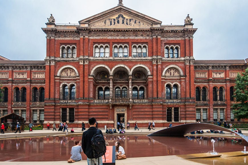 Victoria-and-Albert-Museum-London-Inexhibit