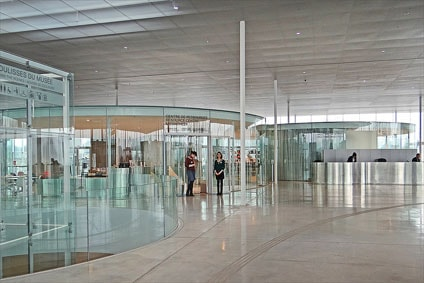 Museo del louvre lens inexhibit for Louvre lens museo