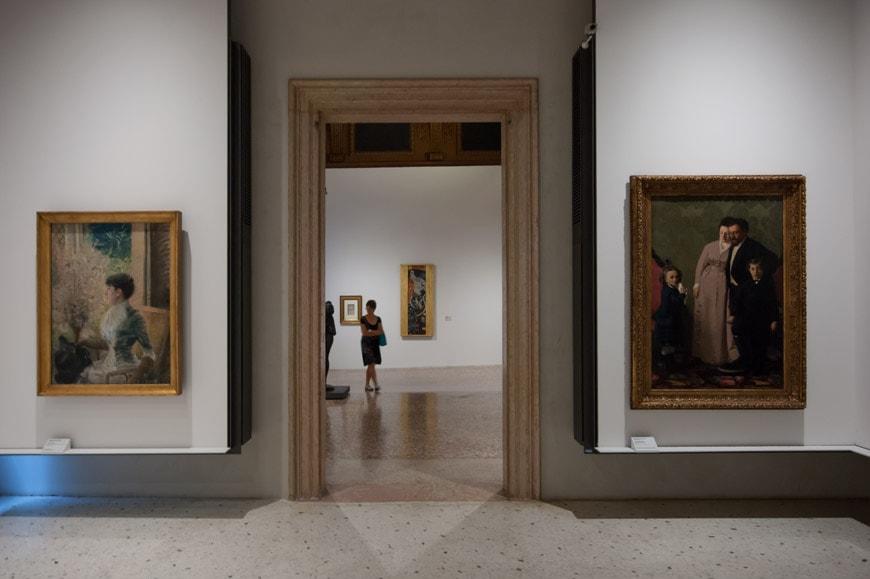Ca-Pesaro-modern-art-museum-Venice-Inexhibit-04