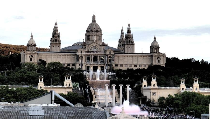 Mnac-barcelona-exterior-view-2-photo-diego-zingano