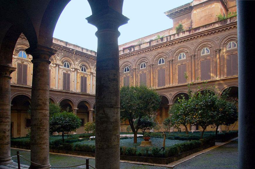 Galleria Doria Pamphilj Rome courtyard