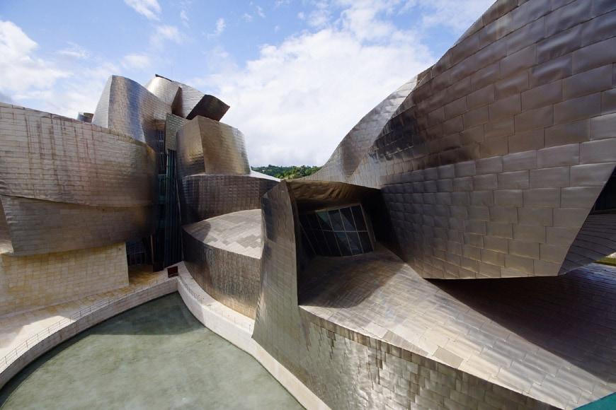 Guggenheim Bilbao Frank Gehry exterior 15