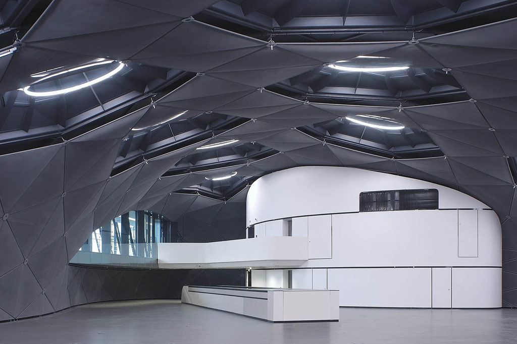 Kunsthaus Graz interior view 01