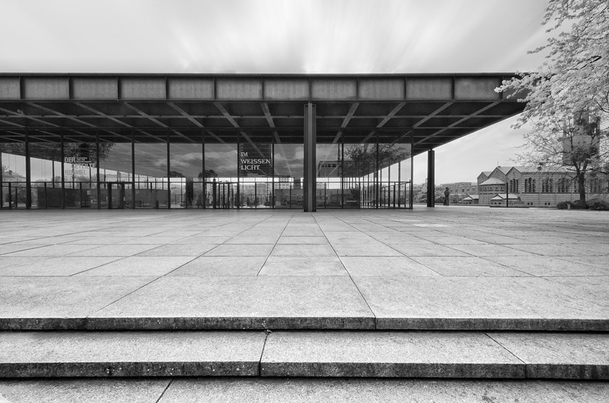 neue nationalgalerie berlin mies van der rohe building. Black Bedroom Furniture Sets. Home Design Ideas