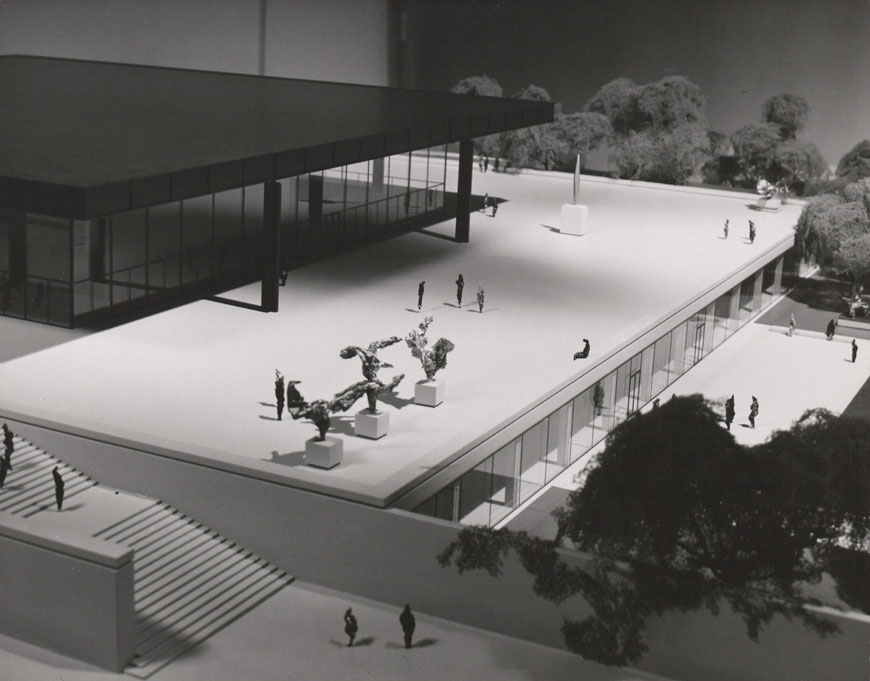 Neue Nationalgalerie Berlin Mies van der Rohe model 1