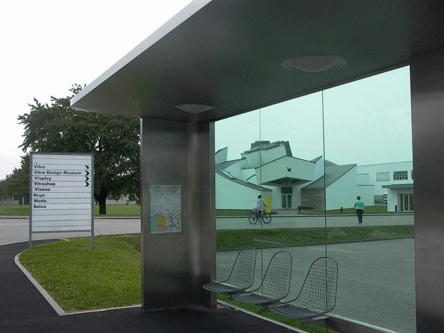 vitra-bus stop