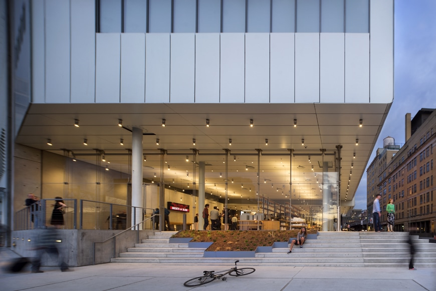 Whitney-Museum-NYC-Renzo Piano-Building-museum-entrance