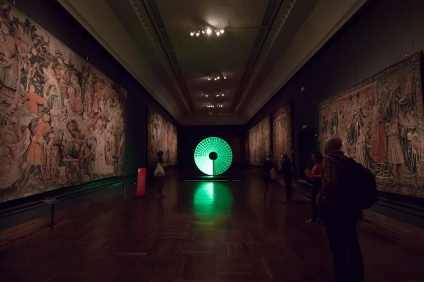 Candela-london-design-Victoria-and-Albert-museum-04b