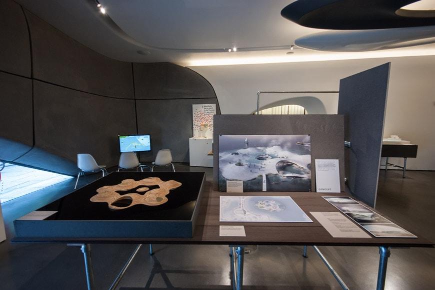 Roca-gallery-London-urban-plunge-exhibition-06