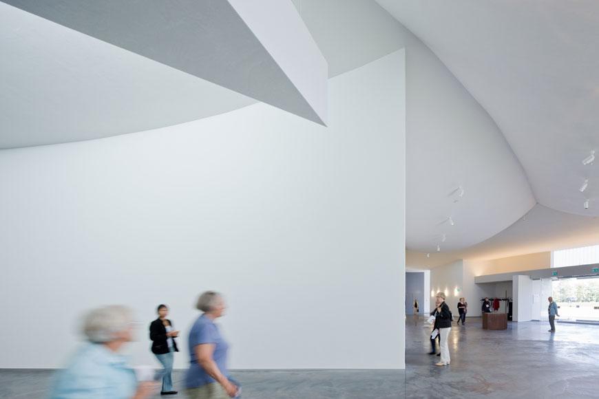 heart-herning-art-museum-denmark-steven-holl-06