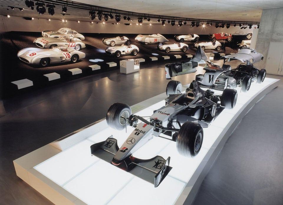 Mercedes-Benz-museum-Stuttgard-Formula-1-car
