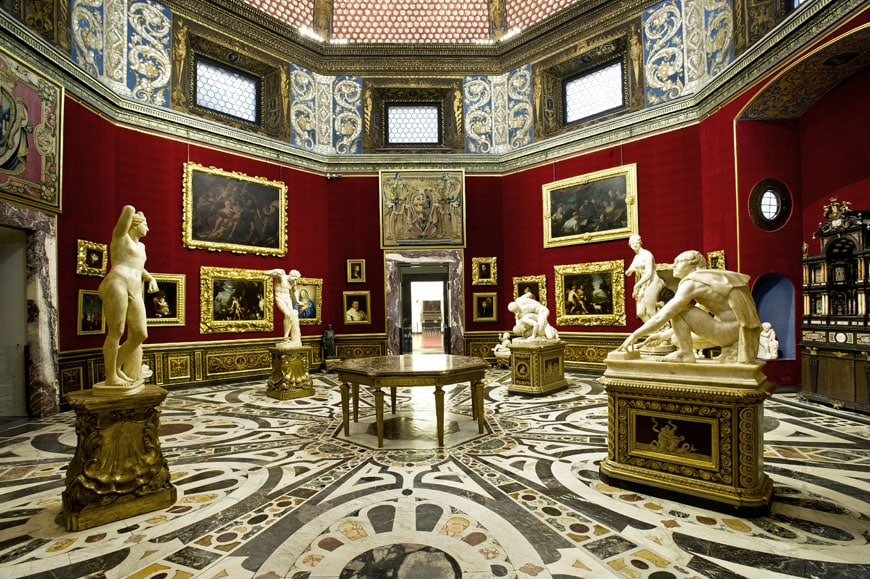 uffizi gallery -multimedia-Tribuna-view-sx
