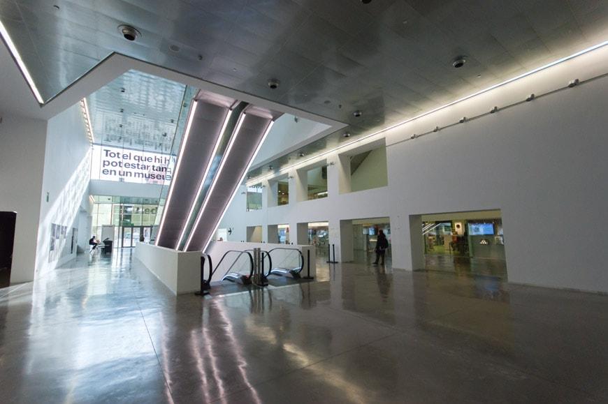 museu disseny-lobby p-1b