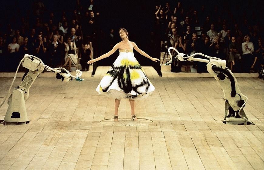 V&A-alexander-McQueen-spray-painted dress