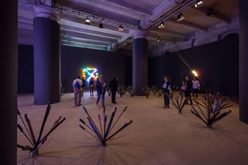 Abdessemed-nauman-arsenale-biennale-venice-inexhibit-03