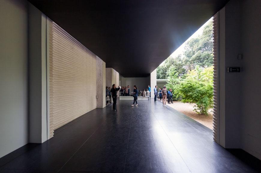 Heimo-Zobering-Austria-Biennale-2015-Inexhibit-02
