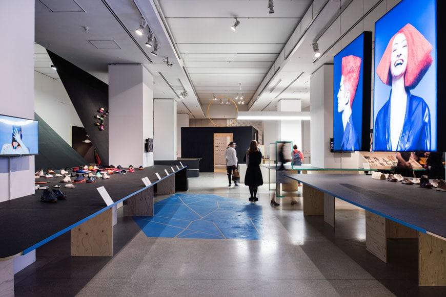 Cuộc sống-on-Foot-Triển lãm-Thiết kế-Bảo tàng-London-02