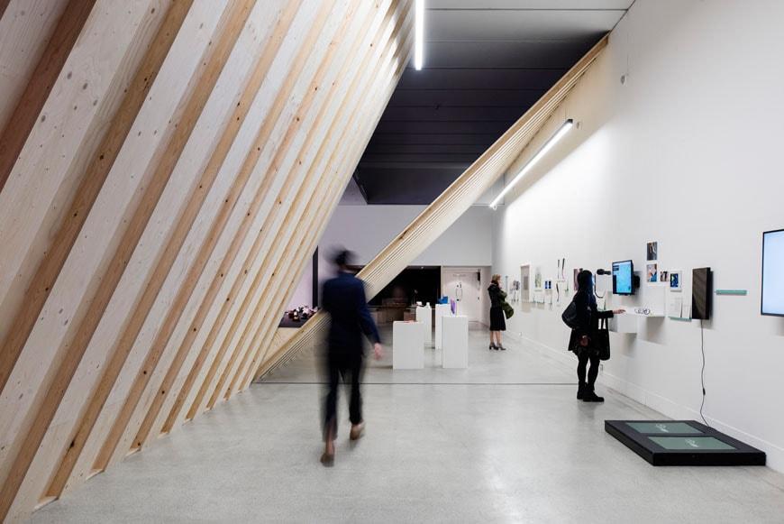 Cuộc sống-on-Foot-Triển lãm-Thiết kế-Bảo tàng-London-09