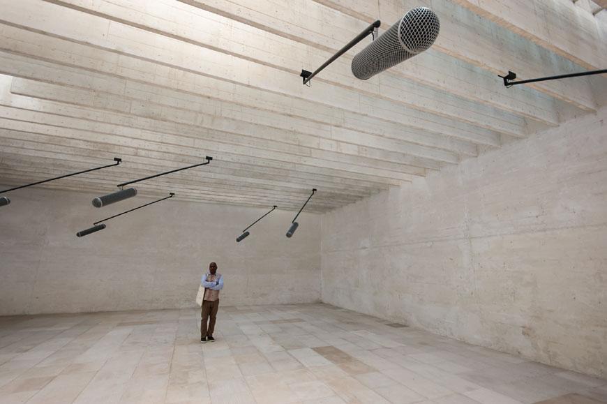 nordic-pavilion-biennale-2015-camille-norment-inexhibit-05