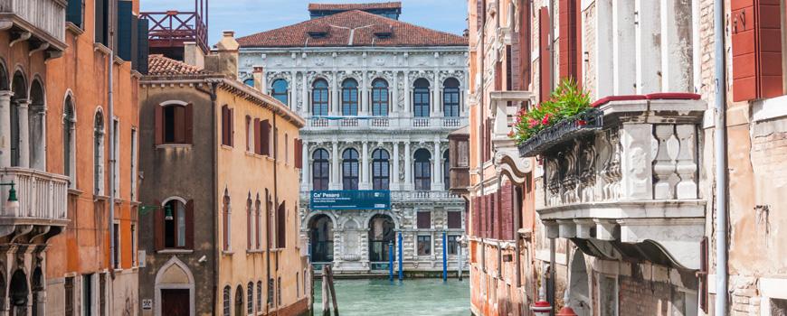 Ca-Pesaro-museum-Grand-Canal-Venice
