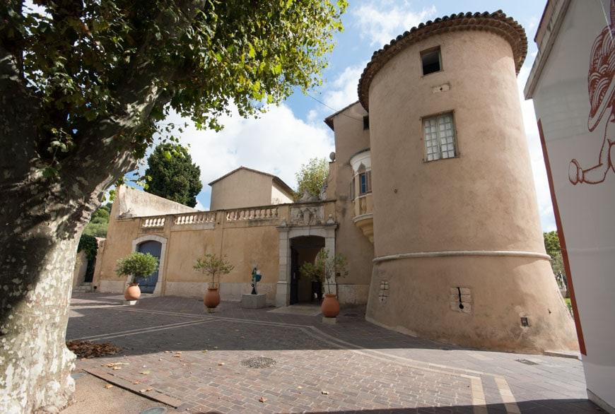 Chateau-Vallauris-museum-Inexhibit-02