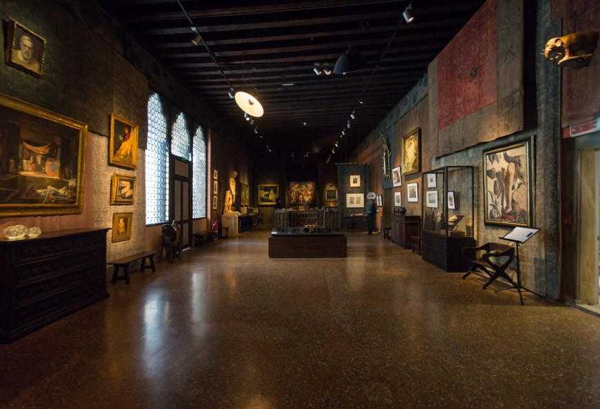 Palazzo Fortuny Venice interior 1
