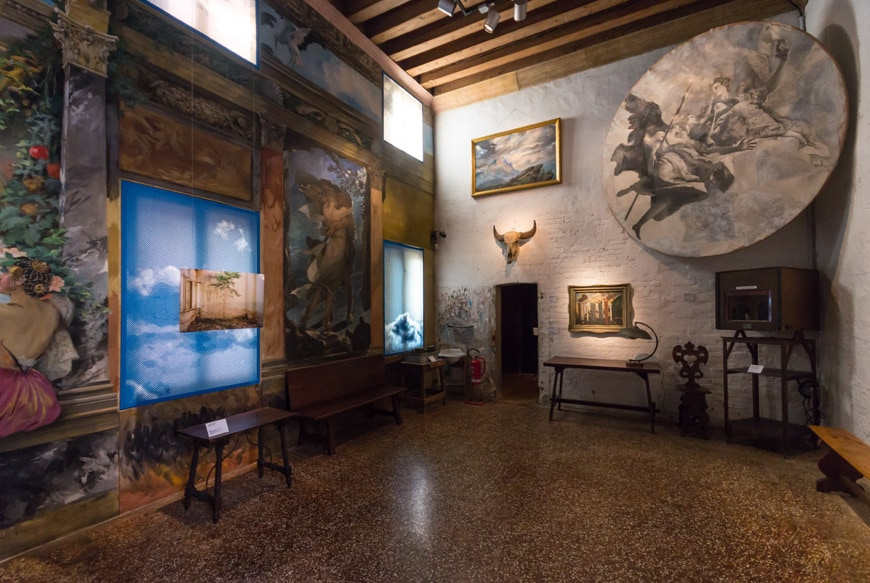 Palazzo Fortuny museum Venice interior 3