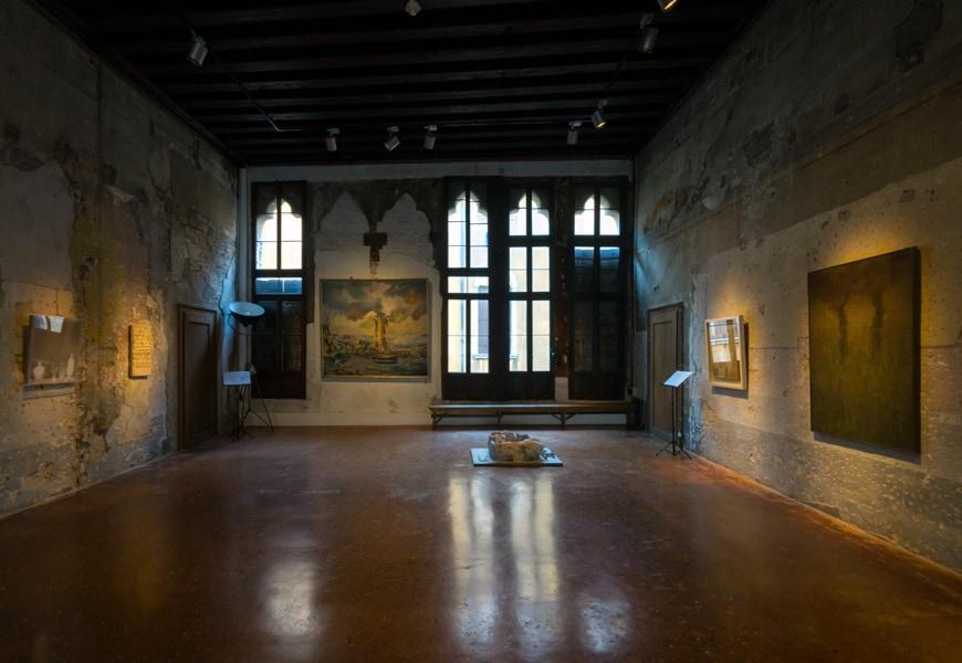 Palazzo Fortuny museum Venice interior 2