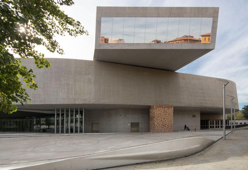 MAXXI museum Rome Zaha Hadid Inexhibit 04