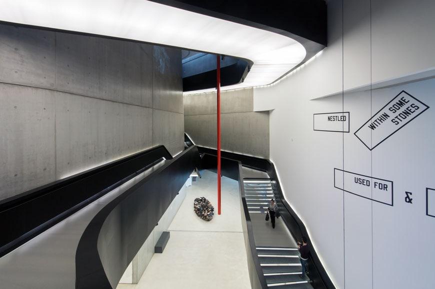 MAXXI museum Rome Zaha Hadid Inexhibit 08