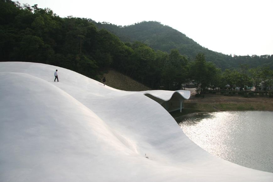 MoMA-Japanese-architecture-toyo-ito meiso-01