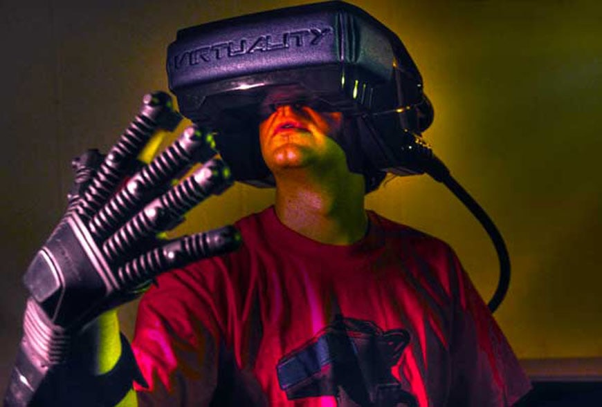 virtuality headset 1990s
