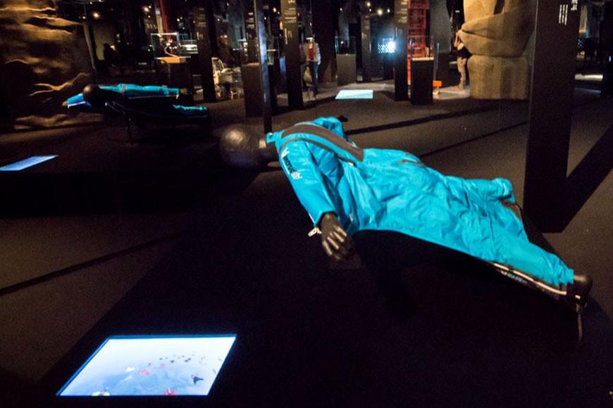 Triển lãm thời tiền sử Wingsuit Branzi Hara 21 Triennale Milan18