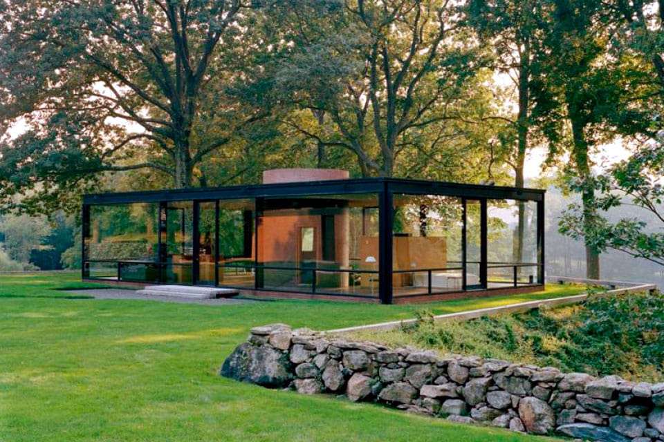 Glass House Philip Johnson New Canaan Connecticut exterior 2