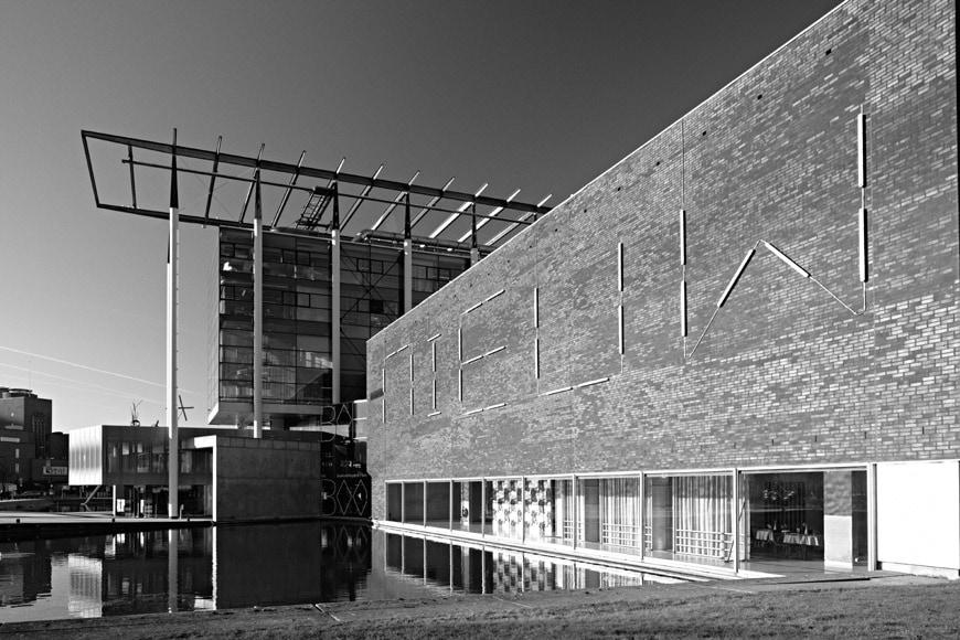 Het-Nieuwe-Instituut-Rotterdam-exterior view-3