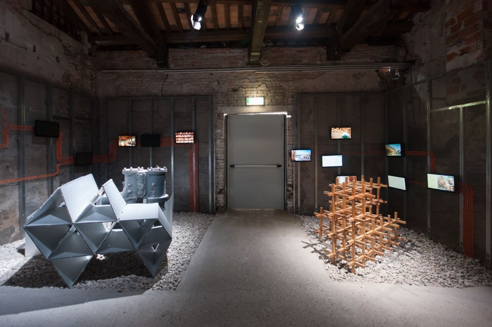 Kengo-Kuma-Architecture-Biennale-Venice-Inexhibit-02