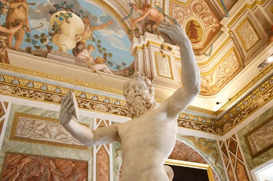Galleria Borghese Rome interior 01