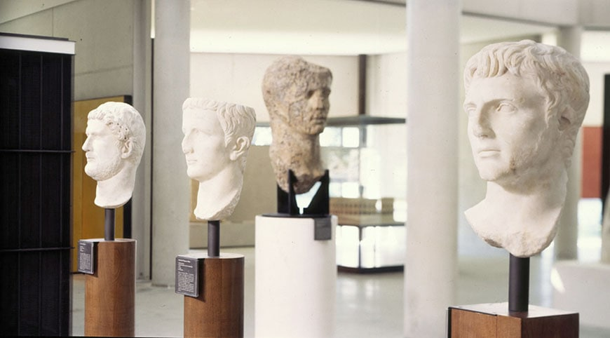 Musee Arles Antique marble heads