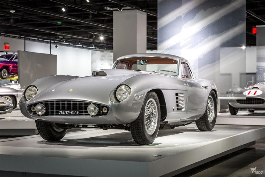 Petersen Automotive Museum Los Angeles 04