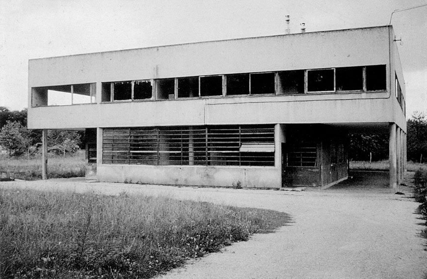 Villa Savoye Le Corbusier Poissy before restoration