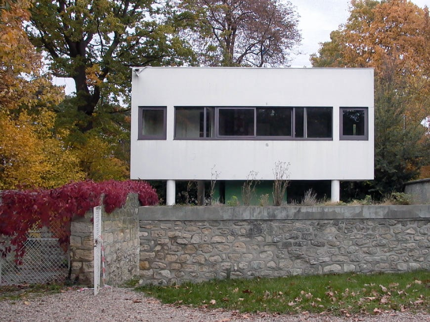 Villa Savoye Le Corbusier caretaker lodge Inexhibit